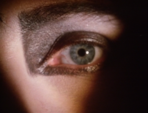 File:Siouxsie's left eye.png