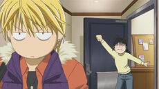 Kyoko stops Sho from leaving