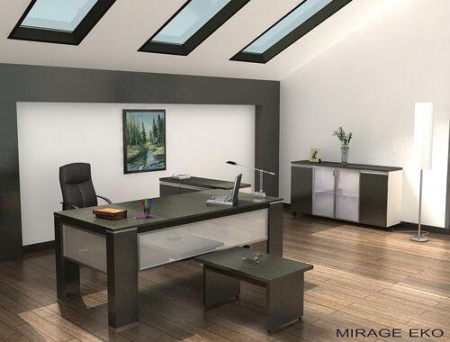 Lyssa-emma-office
