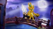 Kaos x Golden Queen 4