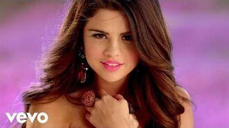 Selena Gomez - Love You Like A Love Song