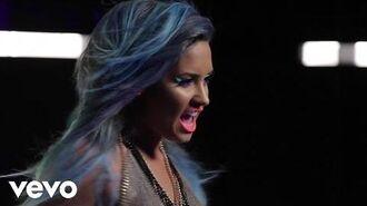 Demi Lovato - Neon Lights (Behind The Scenes)