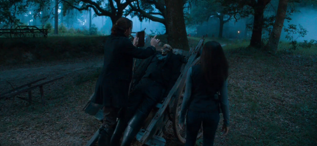 File:Ichabod-and-abbie-summon-the-kindred.png