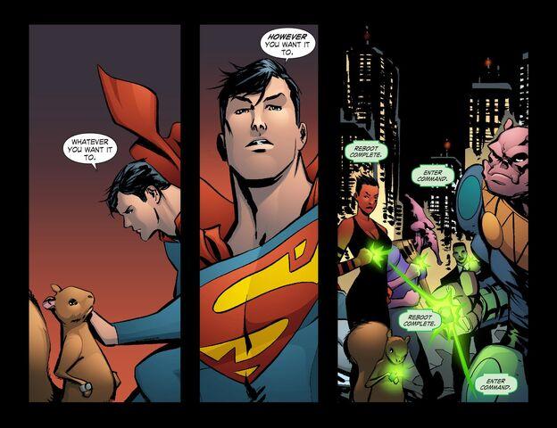 File:Smallville - Lantern 012-013.jpg