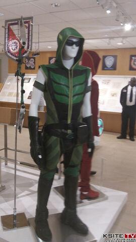 File:Green Arrow SV tv S09 0100 0286.jpg