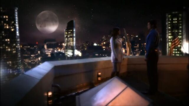 File:Clark and Lois on the Daily Planet rooftop.jpg