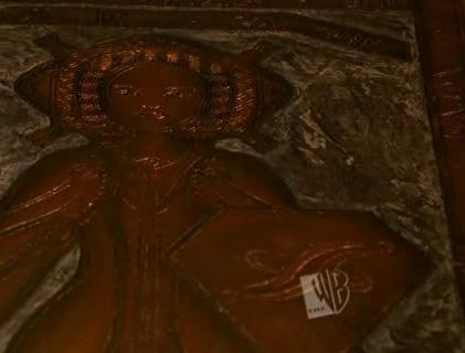 File:Crusade isobel's shield.jpg