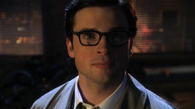 Glasses Smallville