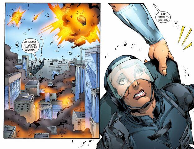 File:Smallville - Continuity 006 (2014) (Digital-Empire)004.jpg