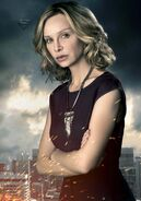 SM-supergirl-009-season2-promotional copy1