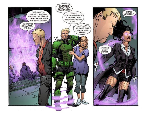 File:Smallville - Lantern 010-006.jpg