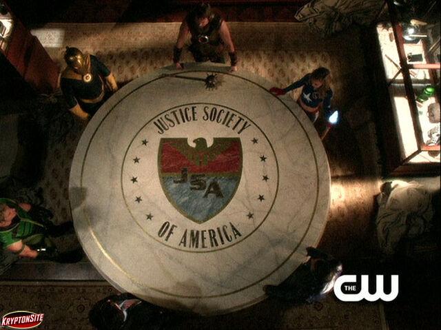 File:Smallville promo-34.jpg