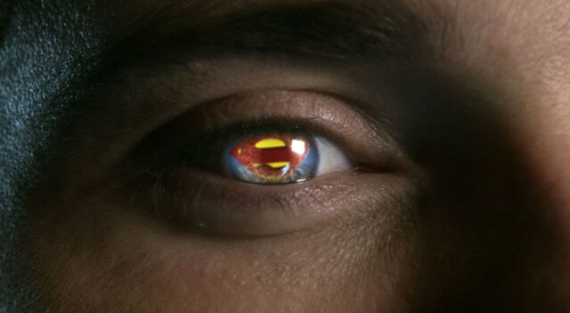 File:SupermanSymbolSmallville.jpg