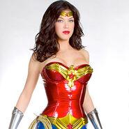 Wonder-woman-crop