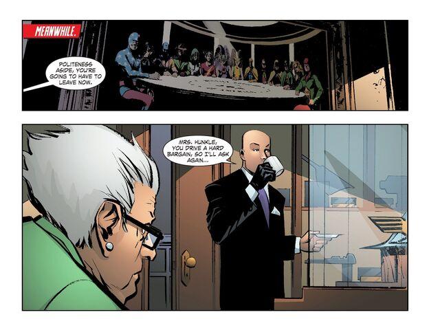 File:Smallville - Lantern 008-006.jpg