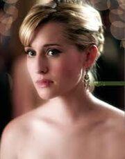 Chloe so beautifull