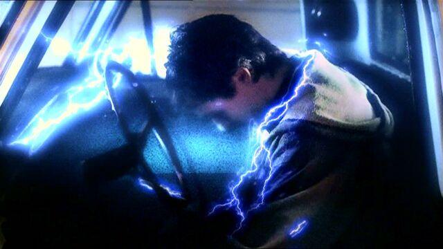 File:Smallville101 756.jpg