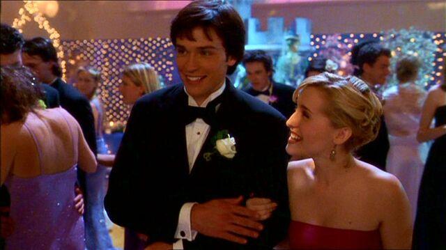 File:Smallville121 536.jpg