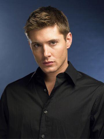 File:Jensen Ackles 2004 by John Russo - 12012.jpg