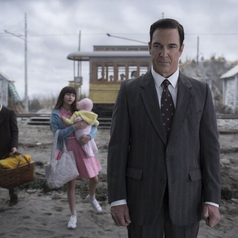 The Baudelaires and Lemony at the beach in the TV series.