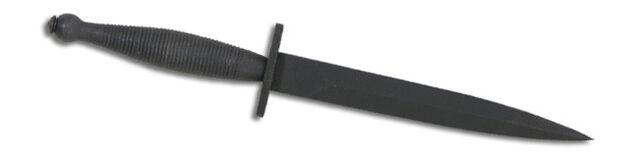 File:Fairbairn–Sykes fighting knife.jpg