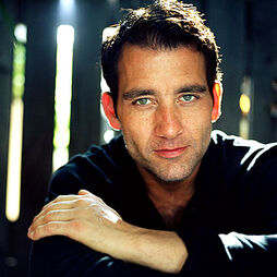 Clive-owen headshot