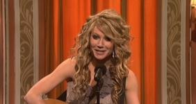 File:SNL Gwyneth Paltrow - Taylor Swift.jpg