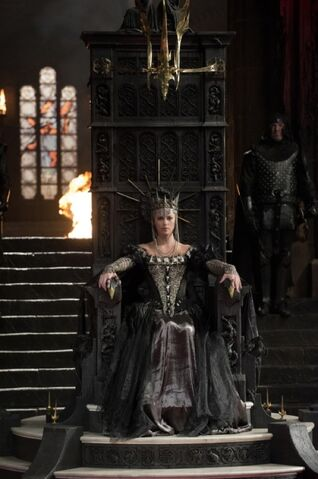 File:The Evil Queen.jpg