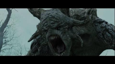 Snow White and the Huntsman - On the Set Battling the Troll