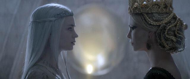 File:Freya and Ravenna.jpg