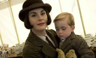 Lady-mary-downton-abbey-haircut-2014