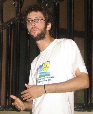 File:Jose Guimaraes 2008.jpg