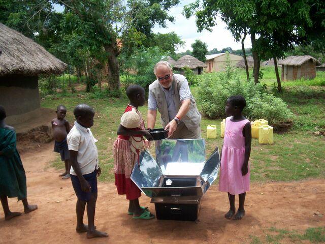 File:Munsen Gulu Uganda.jpg