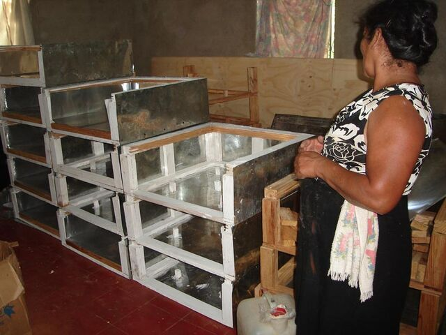 File:Solar Women of Totogalpa cooker production.jpg