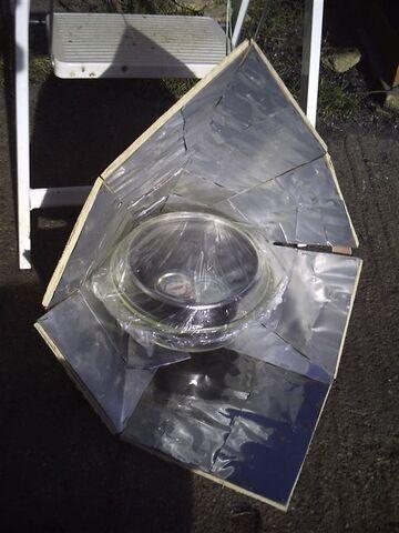File:Aluminum can reflector1.jpg