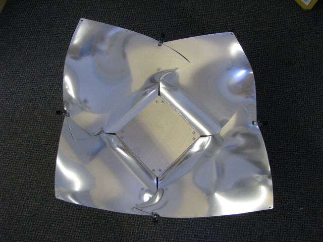 File:Copenhagen Solar Cooker Light 008.jpg