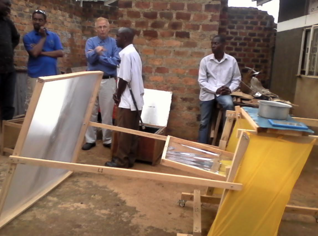 File:Heliac cooker at Disabled tech, Uganda, 4-27-17.png