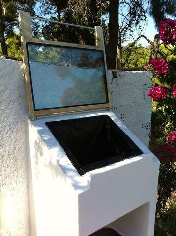 File:Solar Oven 01.jpg
