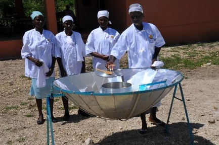 File:World Central Kitchen new parabolic solar cooker, 12-28-13.jpg