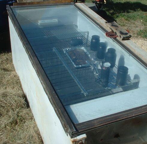 File:Solar Oven Grande 001.jpg
