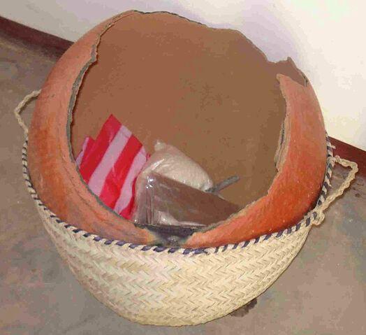 File:Borma broken water pot.jpg