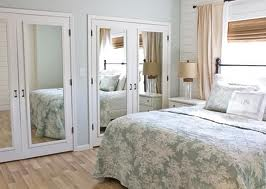 File:Mirrored closets.jpg