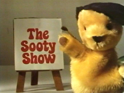 File:TheSootyShow1983titlecard.jpg