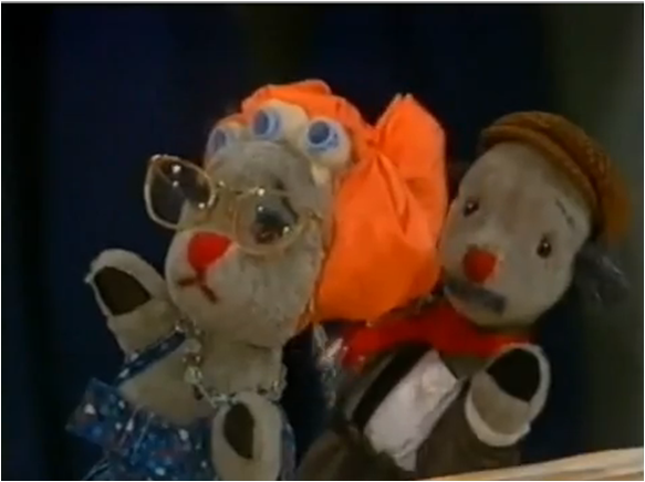 File:Sweep'sFamily(Sooty&Co.).png