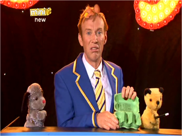 File:TheMagicShow2.png