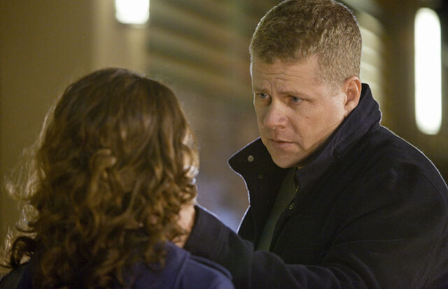 File:Southland let it snow michael cudlitz 2.jpg