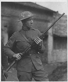 File:220px-Val Browning M1918 BAR.jpg
