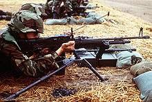 File:220px-M60 machine gun DM-ST-90-01312.jpg