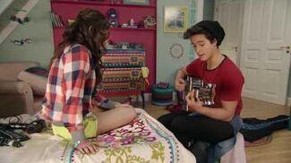 """Luna y Simón cantan """"Alas"""""""