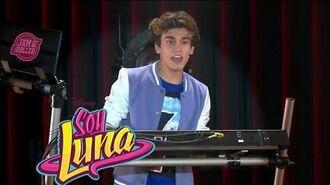 """Soy Luna - Momento Musical - Gastón canta para Felicity For Now """"Prófugos"""""""
